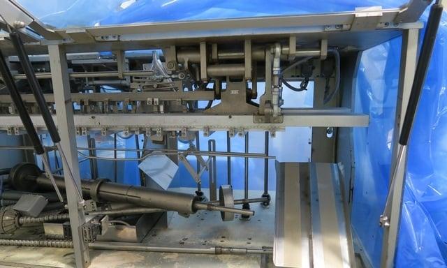 Automat pakujący poziomy do saszetek VOLPAK S-240D (proszki)