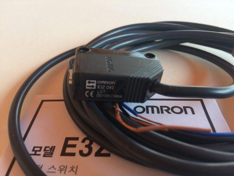 Czujnik Optyczny Odbiciowy OMRON E3Z-D62 LOT
