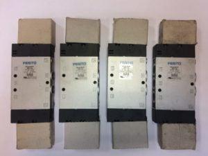 Elektrozawór FESTO CPE18-M1H-5JS-1/4