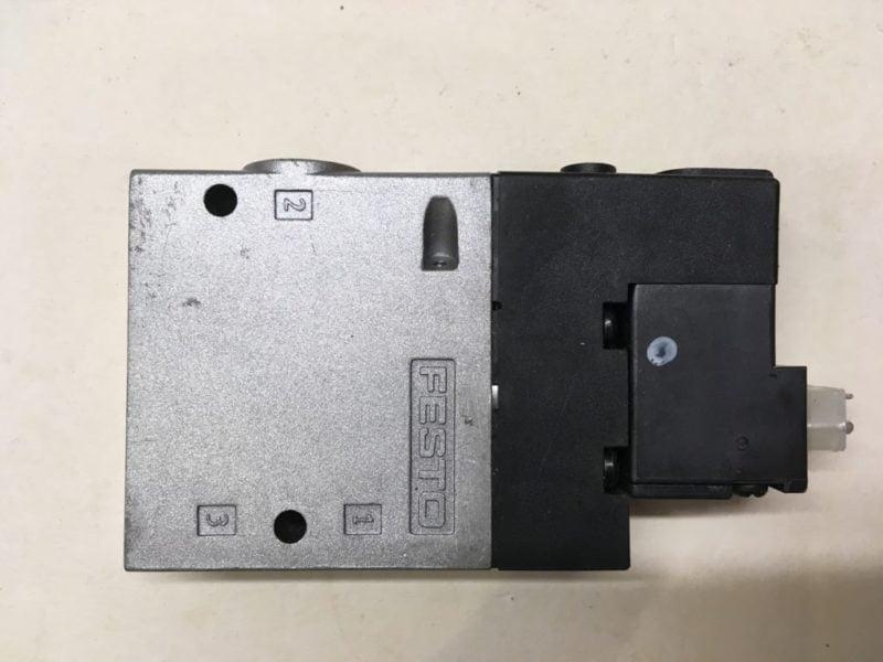 Elektrozawór FESTO CPE18-M1H-3GLS-1/4 (163145)