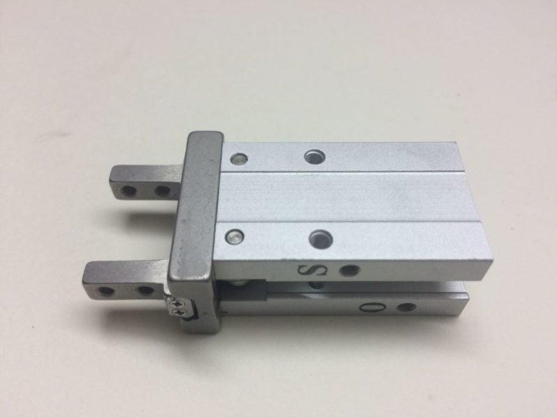 Chwytak Pneumatyczny SMC MHZ2-10D