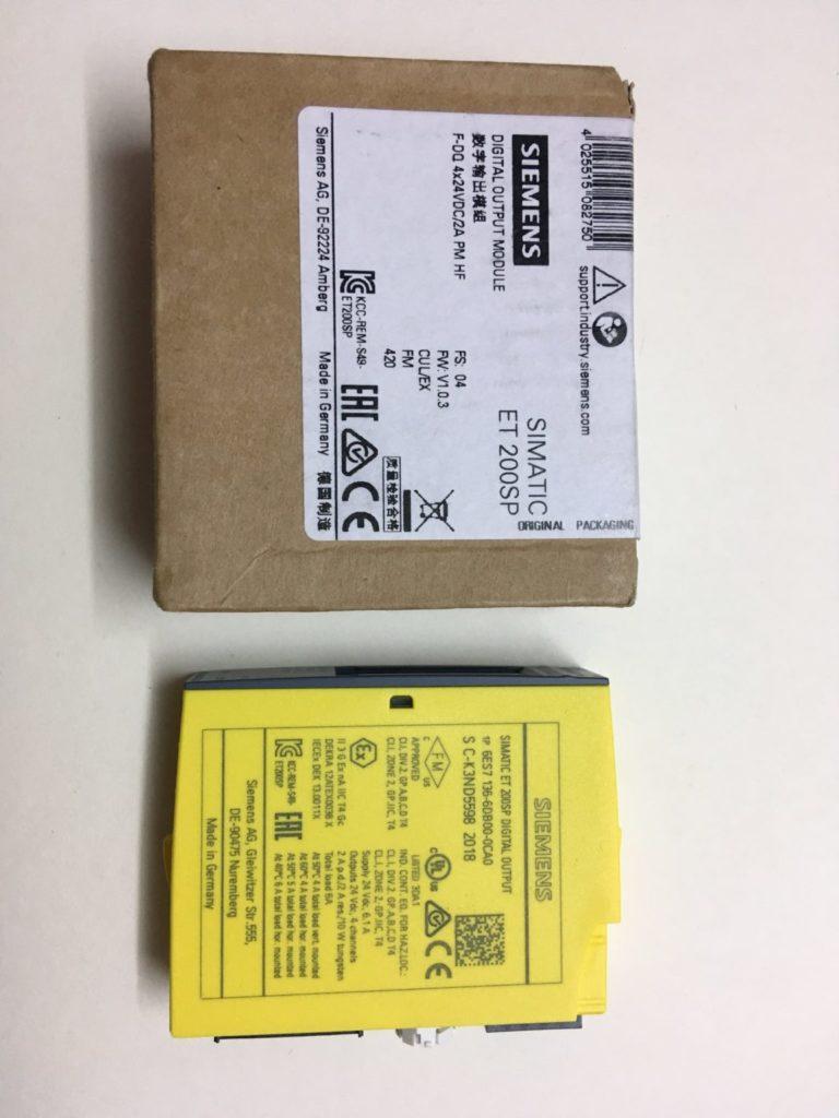 SIEMENS SIMATIC ET 200SP Moduł Wyjść Binarnych Fail-Safe 6ES7136-6DB00-0CA0