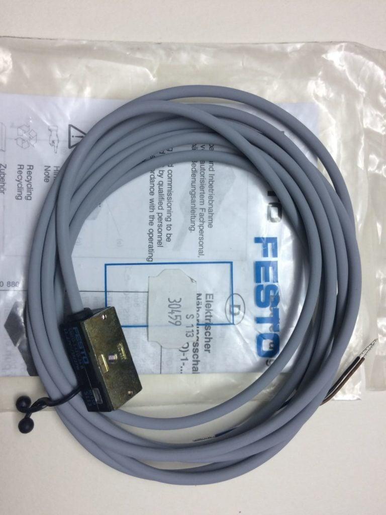 Wyłącznik Zbliżeniowy FESTO SMEO-1-LED-24B (Kontaktron 30 459)