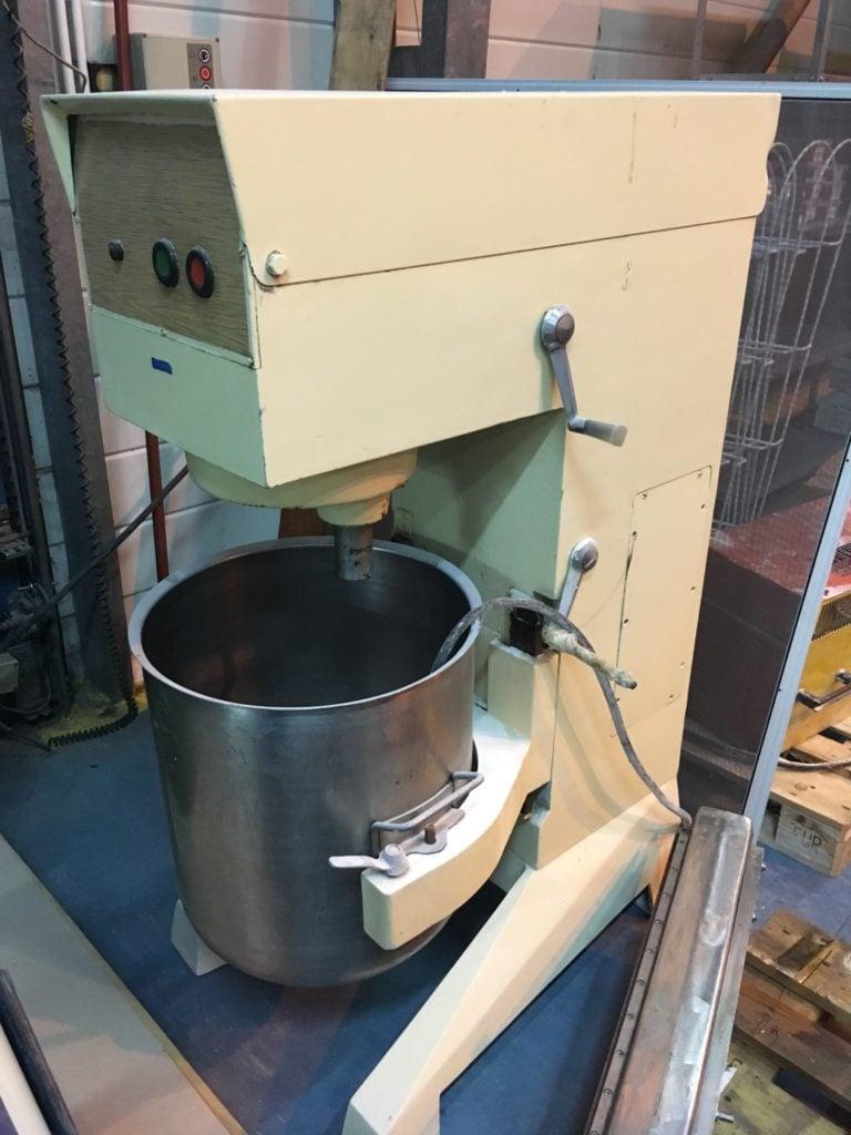 Maszyna do zagniatania ciasta WARMA MG 60