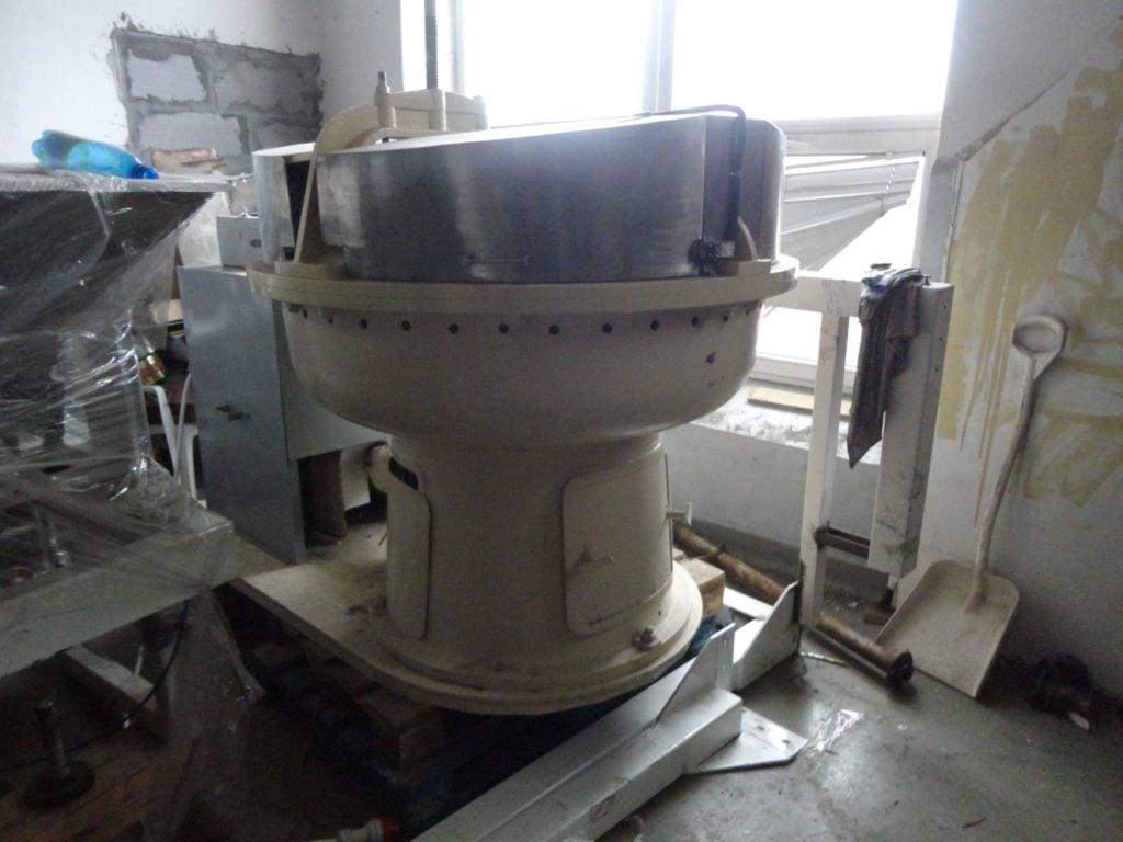 Melanżer granitowy (Średnica 1300mm, Pojemność 250L)