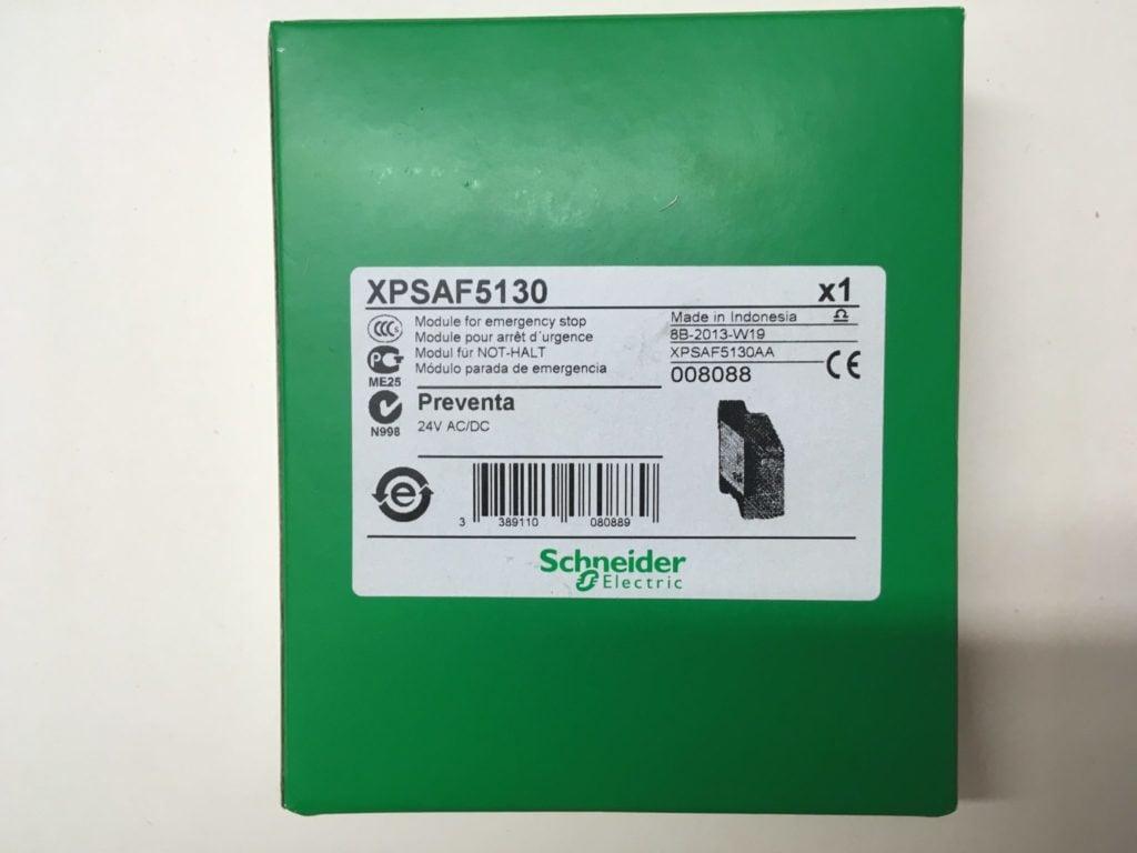 Przekaźnik bezpieczeństwa Schneider Electric XPSAF5130 Preventa (24V AC/DC)