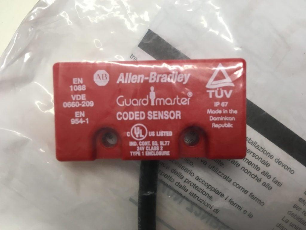 Wyłącznik Bezpieczeństwa ALLEN BRADLEY GUARD MASTER EN 1088 VDE 0660-209 EN954-1