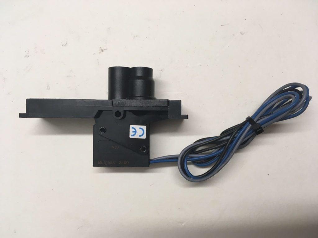 Wyłącznik ciśnieniowy FESTO VPE-1/8-2N-SW-025…-095 bar (SerieM902) 12595
