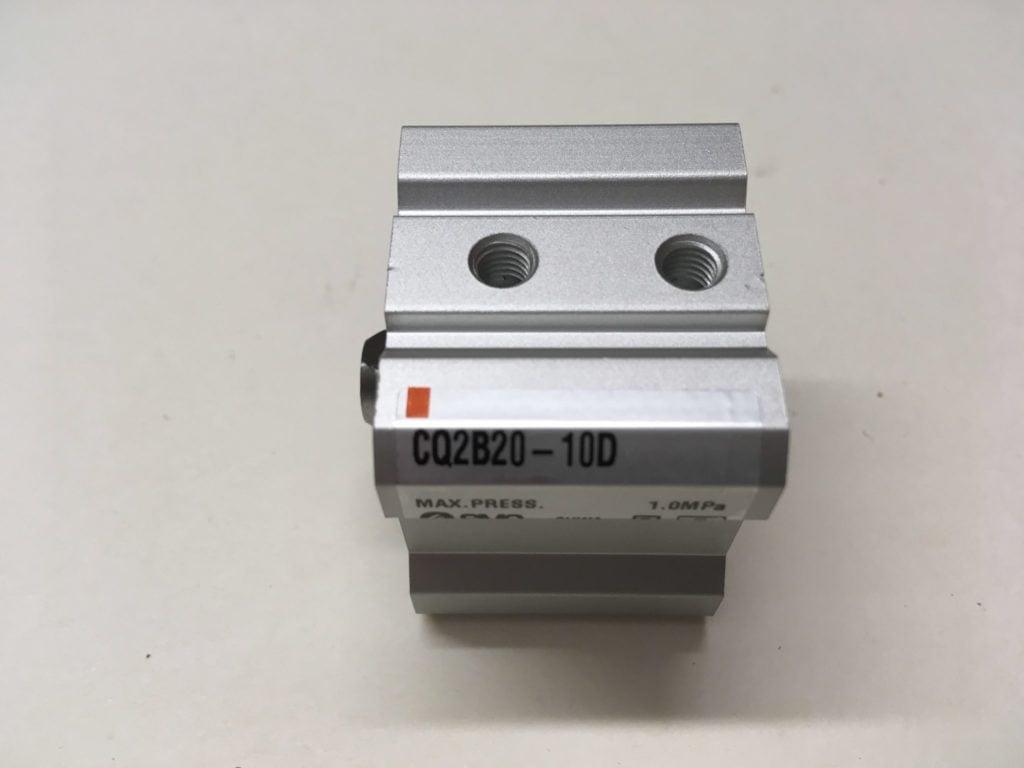 Siłownik pneumatyczny SMC CQ2B20-10D