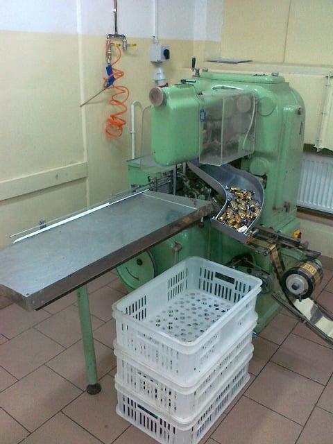 Automat pakujący na dwuskręt - GD (Italia)