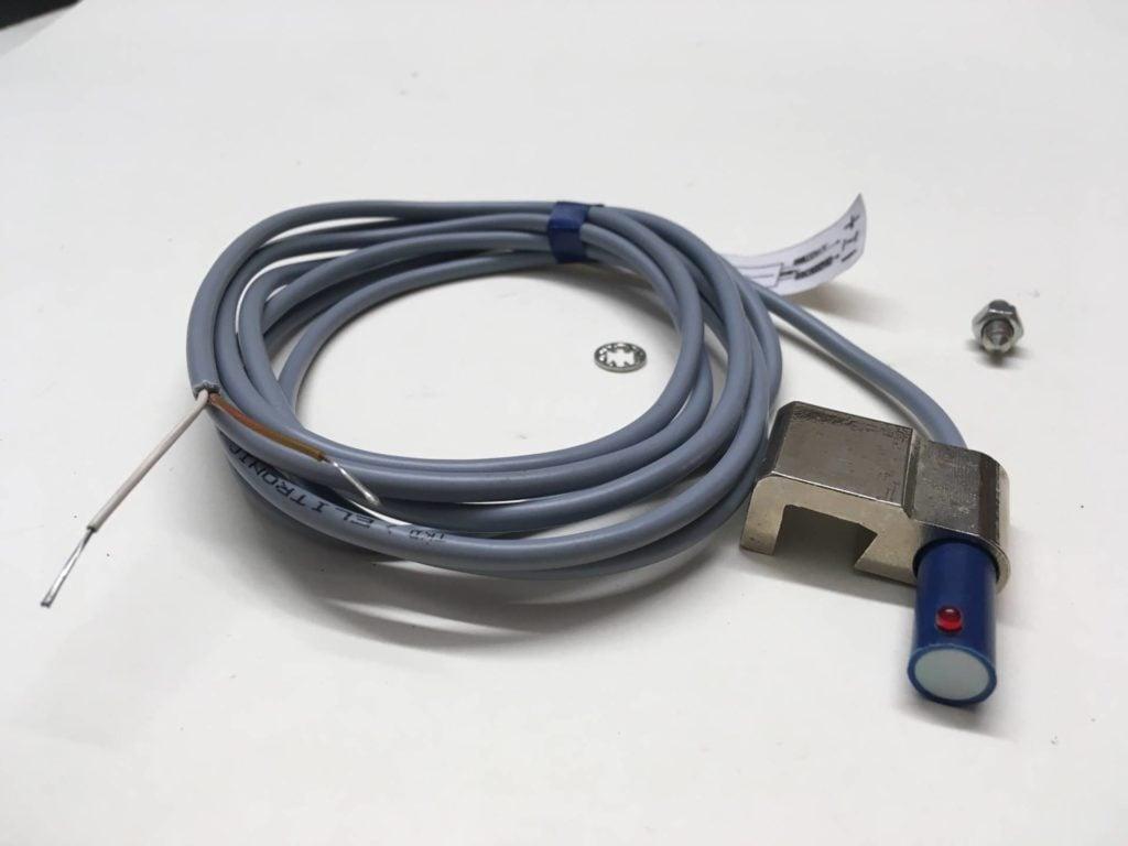 Czujnik położenia tłoka (kontaktron) GZ AUTOMATYK 17.001J.CKB