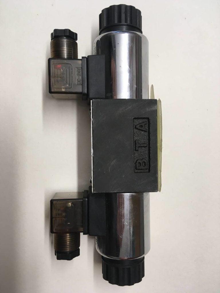 Zawór kierunkowy HYDROPRESS HP-4WE6-G (Model Code 038627)