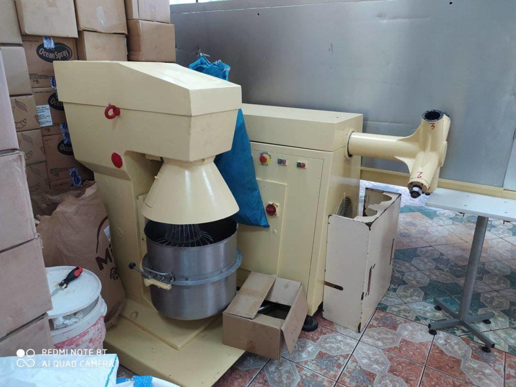 RENATO MAZZETTI Linia do produkcji czekoladowych jajek i kulek